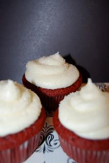Red Velvet Cupcakes By Raelynn From Garnish It Sugar
