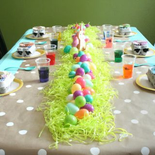 Easter Egg-Dying Party