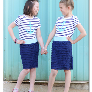 Easy+to+sew+ruffle+skirt+nautical+how+to