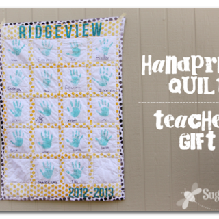 Handprint+quilt+teacher+gift