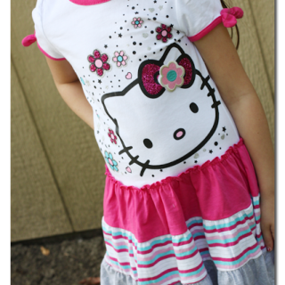 Hello+kitty+playdress