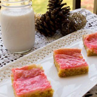 Peppermint Gooey Butter Cake