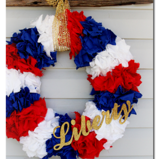 Patriotic+red+white+and+blue+wreath+tutorial