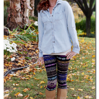 Patterned+leggings+with+denim+shirt+and+boots