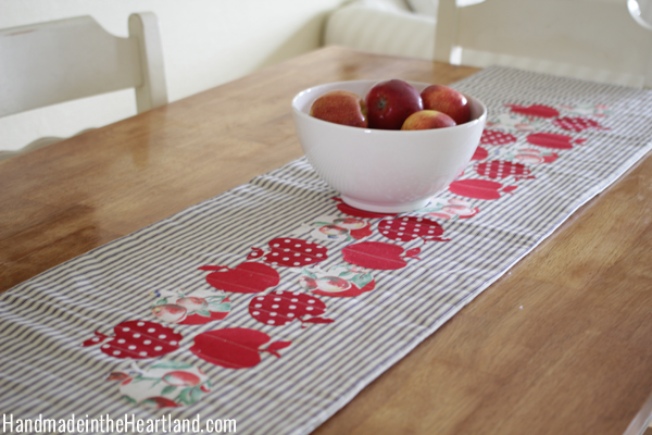 Red-Apple-Fall-Table-Runner
