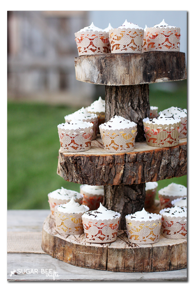 rustic cupcake liners and stand