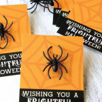 Free Printable Halloween Spider Ring Cards from @733blog