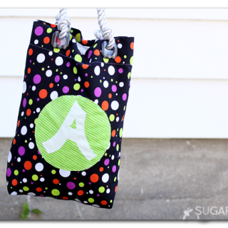 Grommet handle bag trick or treat