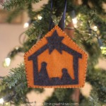 Simple Felt Nativity Ornament