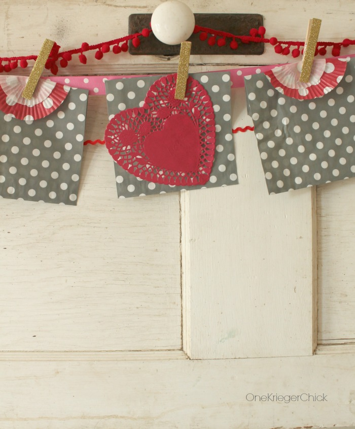 15 Minute Valentine Garland and countdown- OneKriegerChick