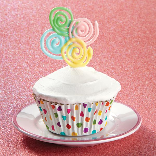 Sweet-Spirals-Candy-Topper-Cupcakes-large