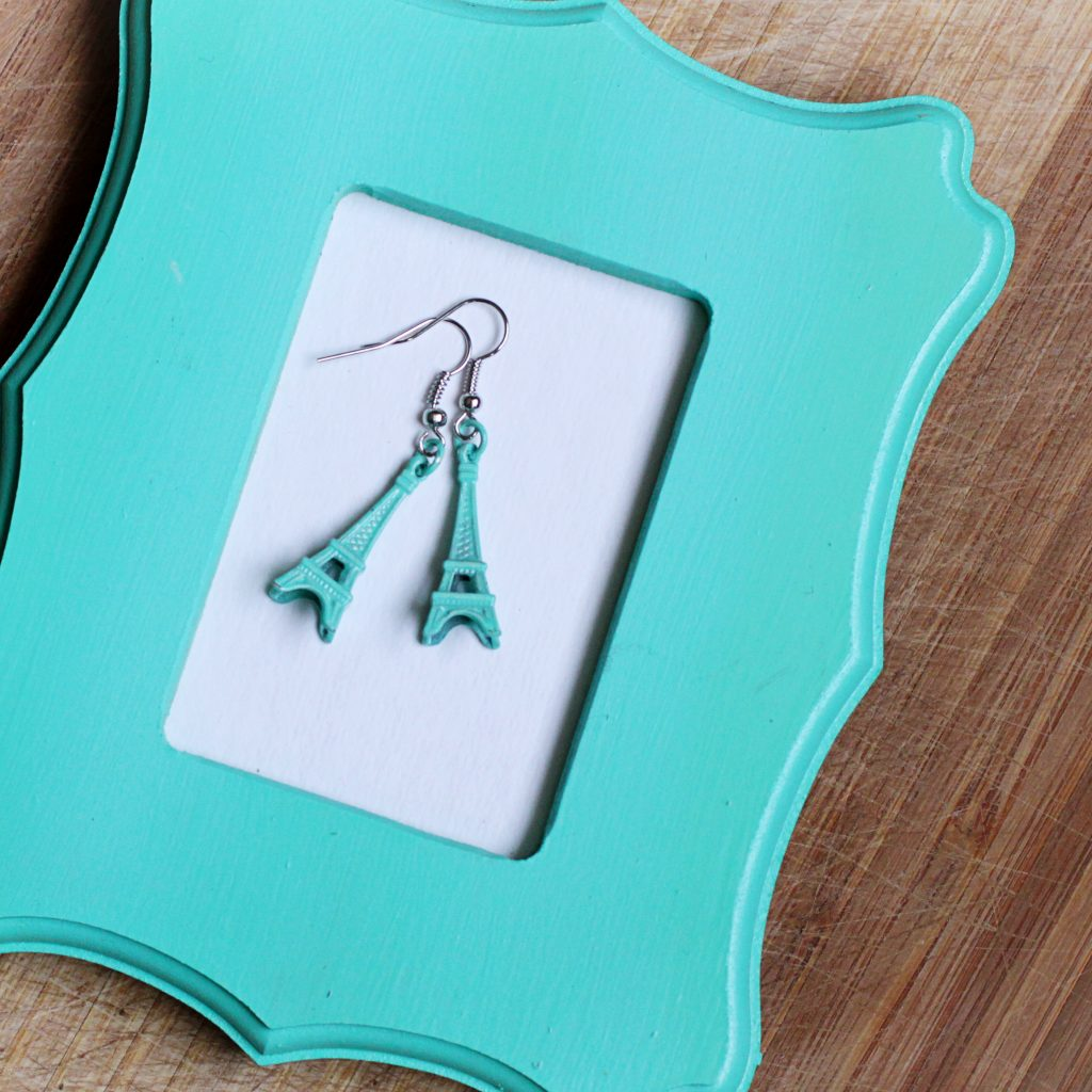 eiffel tower earrings square