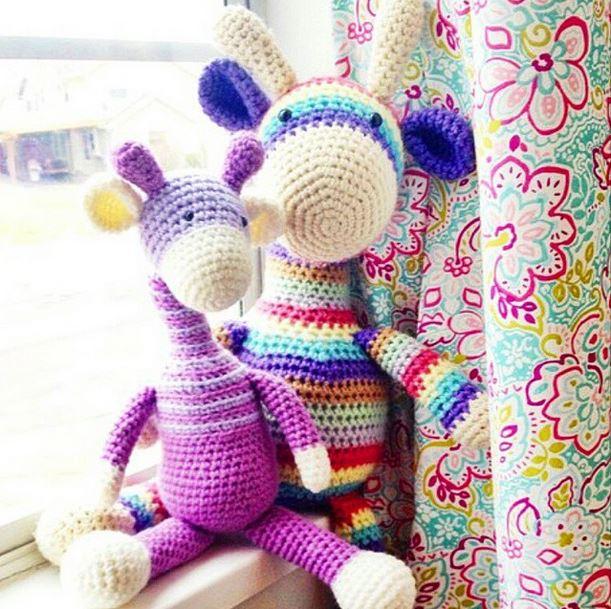crochet giraffes