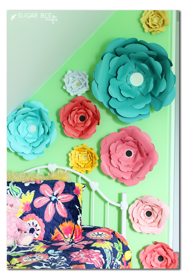 big bloom diy paper flowers