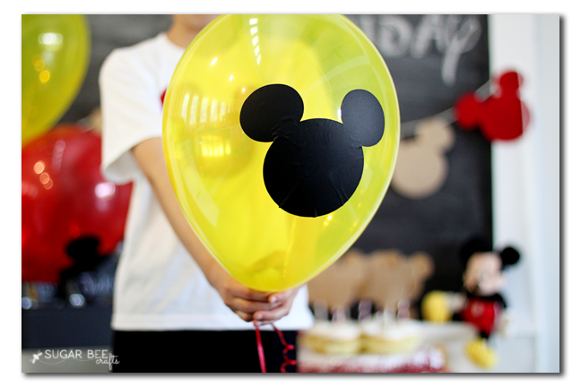 mickey mouse party balloon