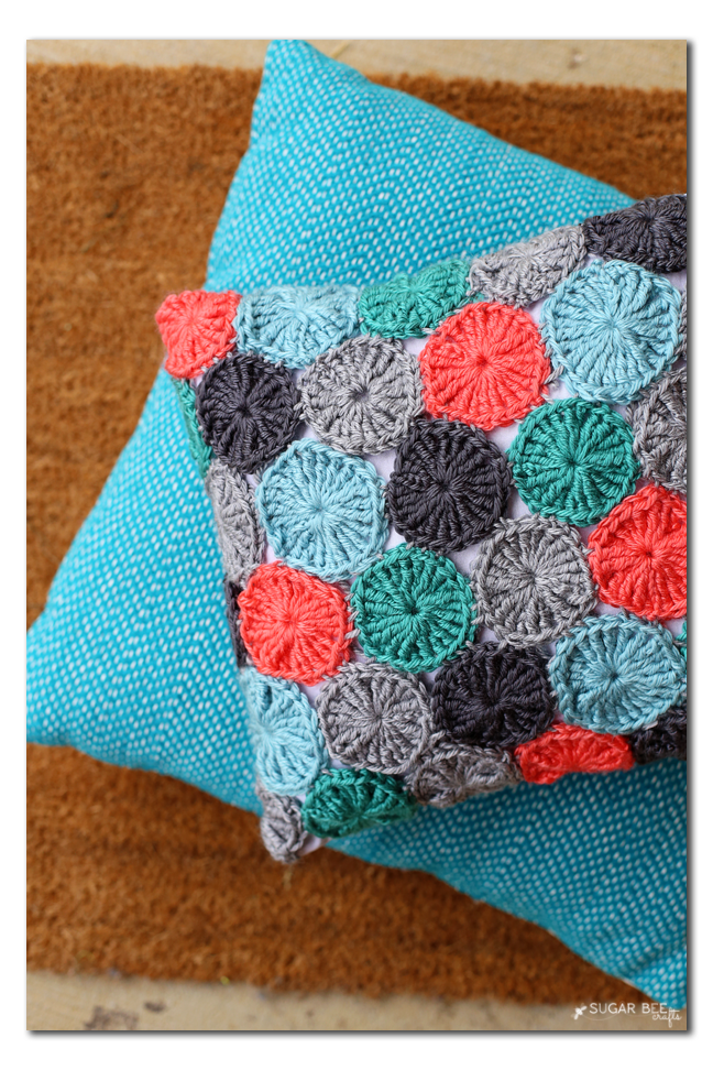 yo-yo pillow crocheted, free pattern copy