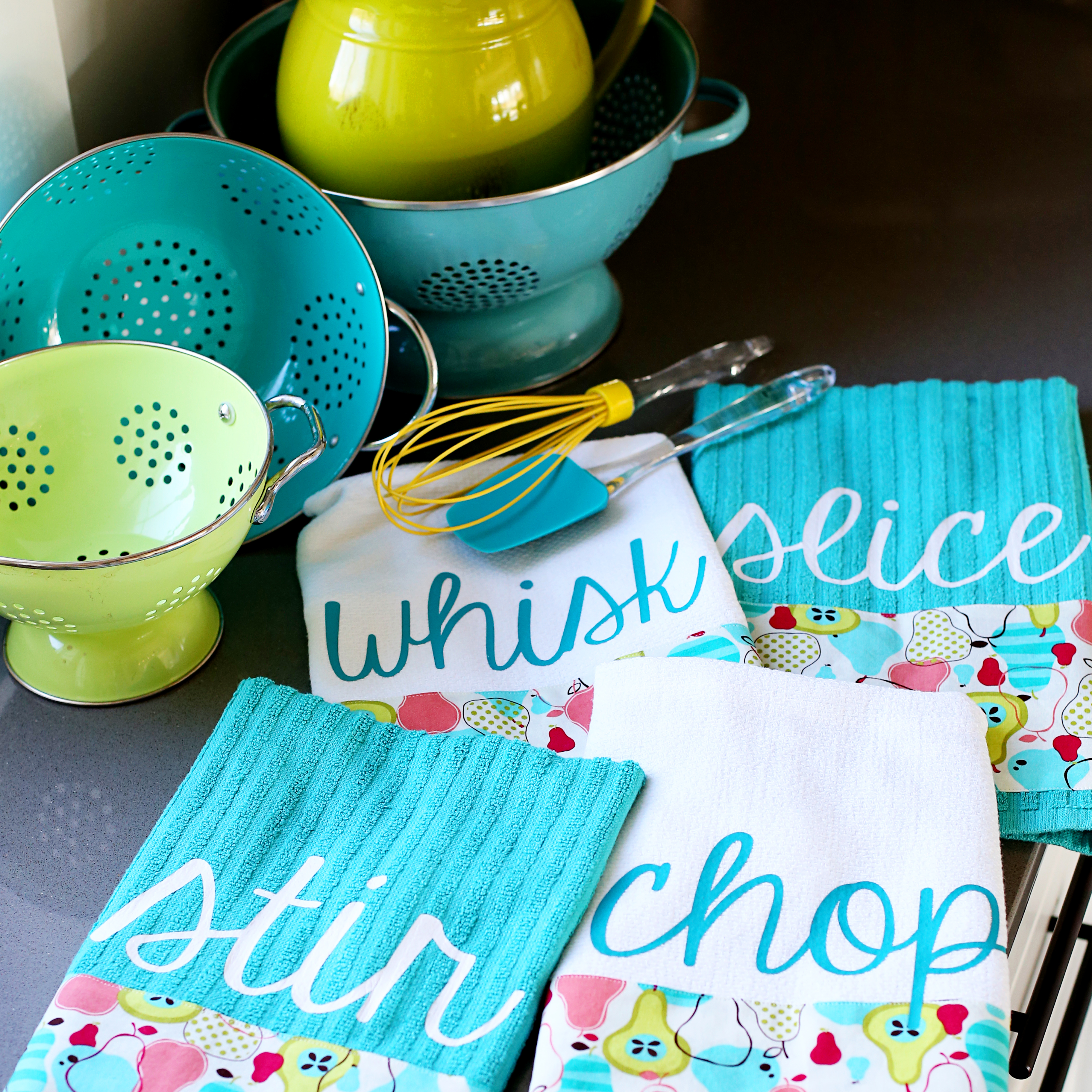 Kitchen Towel Craft Custom Kitchen Towels And Giveaway Sugar Bee Crafts