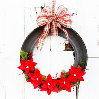 Wreath from a tire