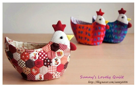 Fabric chicken roundup sugar bee crafts - Manualidades paso a paso cocina ...