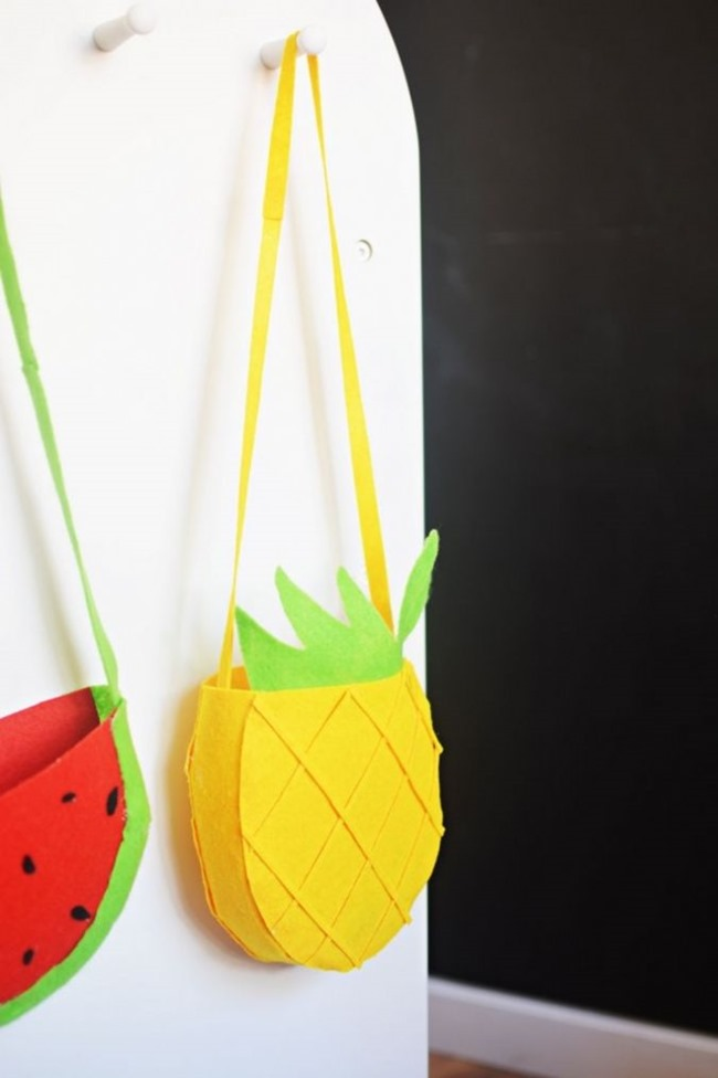 DIY-Felt-Pineapple-Bags