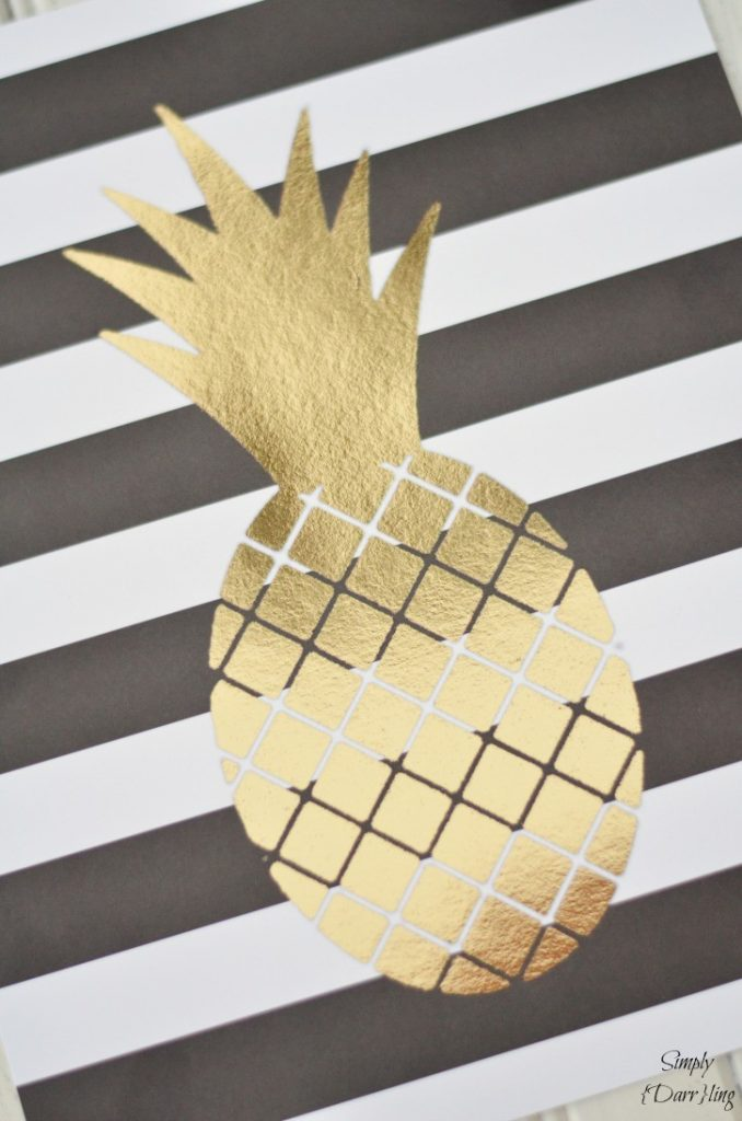gold-foil-pineapple-print-725x1095