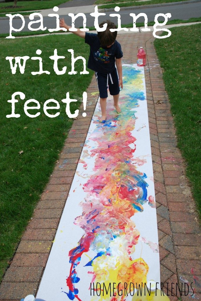 painting-with-feet-685x1024