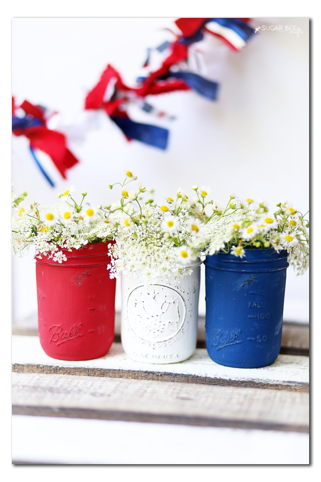 distressed patriotic mason jars you can make yourself