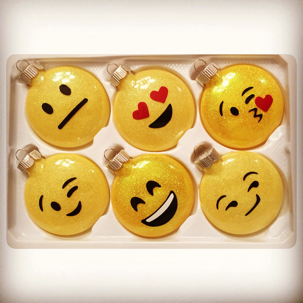 Glitter-Glass-Emoji-Christmas-Ornaments