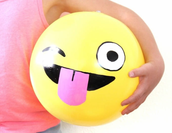 Super Fun DIY Emoji Clutch To Make
