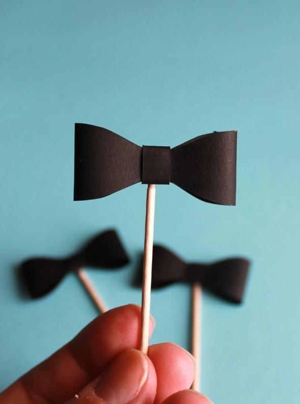 Bow-Tie-Cupcake-Topper-bow-tie-e1413303285796