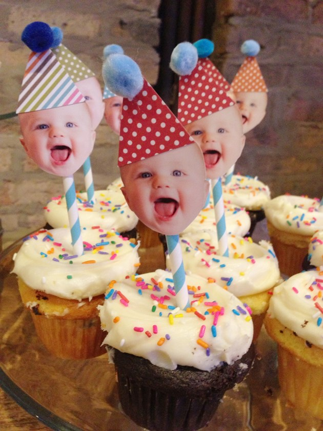 DIY First Birthday Cupcake Toppers_ec541b24-e2ed-4ac8-ac15-7a301a1460d5