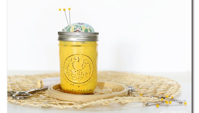 No-Sew Mason Jar Sewing Kit