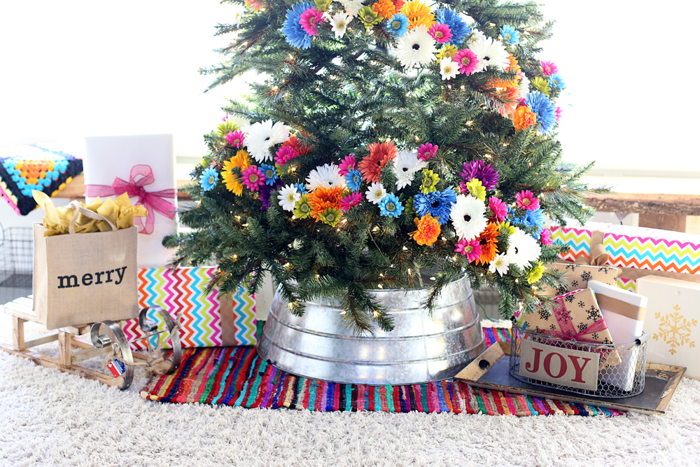 floral-christmas-tree-with-rug