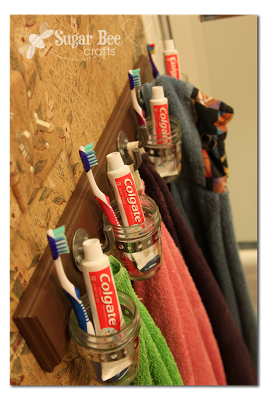 bathroom-organization-hooks