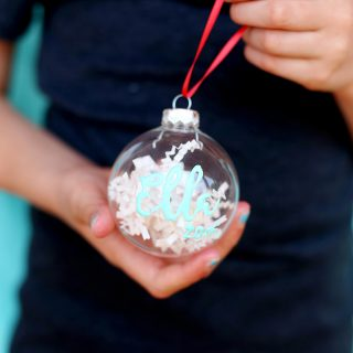 puff-paint-ornament
