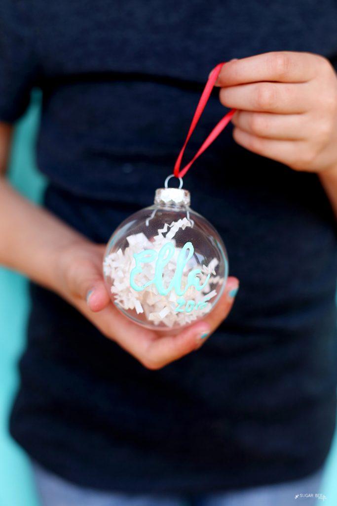 puff-paint-ornament