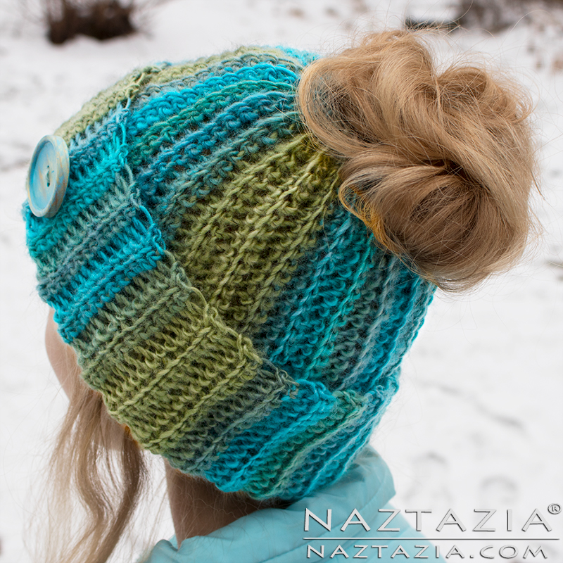 diy-tutorial-crochet-ribbed-hat-messy-bun-gorro-02