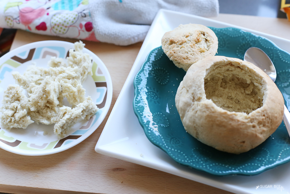 making-a-bread-bowl