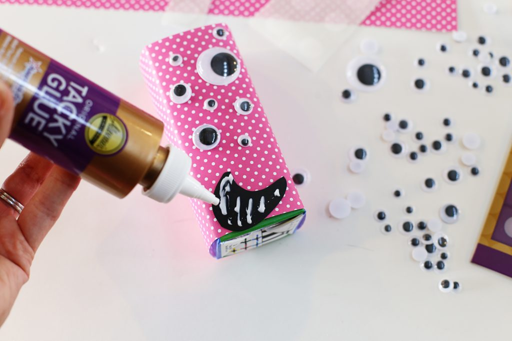 Valentine Monster Juice Boxes - Sugar Bee Crafts