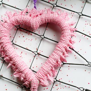 tied fabric heart wreath to make yourself