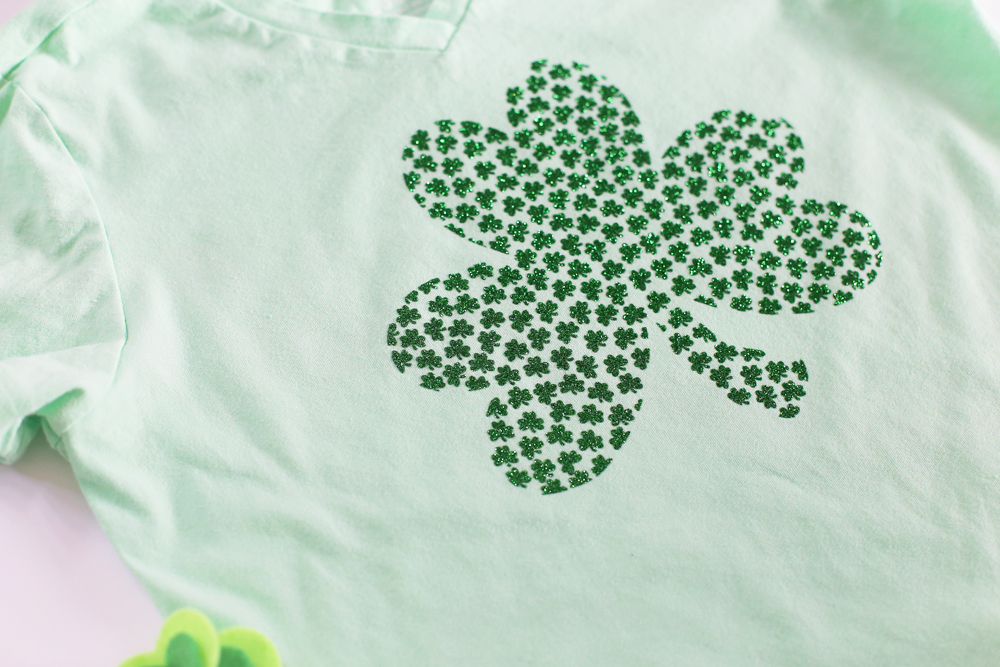 mini shamrock vinyl tee diy