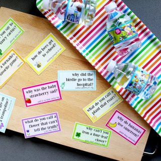Lunch Box Jokes for Spring, FREE PRINTABLE