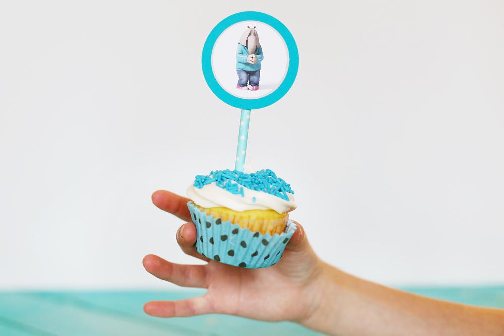 sing cupcake