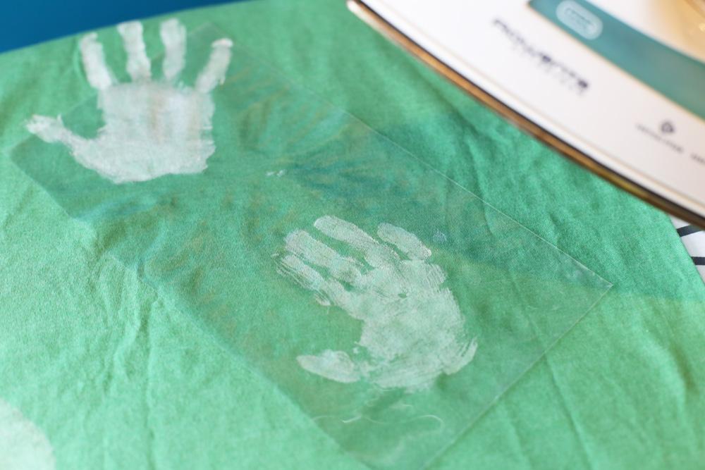 heat set tshirt handprints