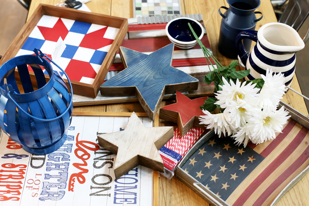Open shelving patriotic decor sugar bee crafts for Patriotic home decorations
