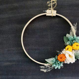 Embroidery hoop fall wreath idea diy