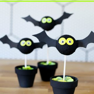 Cute bat halloween craft idea simple 1