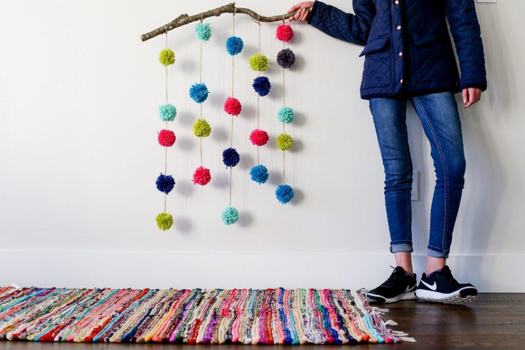 pom pom hanging craft-9