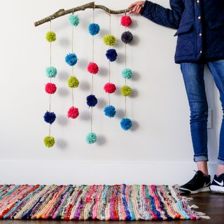 pom pom hanging craft-9
