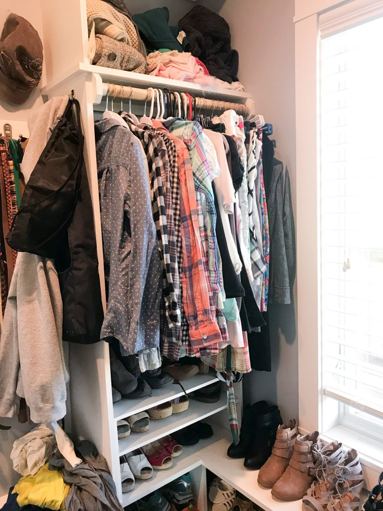Closet declutter brings happiness 2